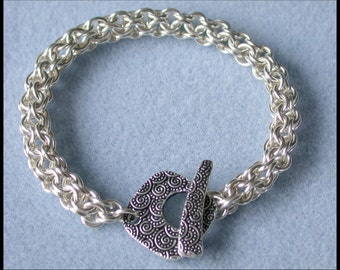 Inverted Round  Chain Maille Bracelet in 18 gauge Non Tarnish Silver Plate wire with fancy toggle clasp closure