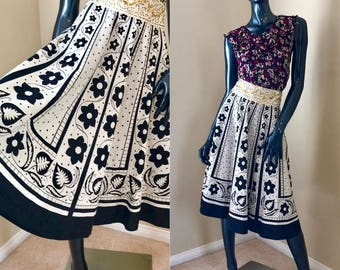 Vintage Festival Swing Skirt, Indian Cotton Floral Skirt, BoHo Summer Skirt, Black and Ivory Print Full Skirt- size Medium