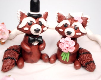 Red Panda Wedding Cake Toppers Unique Wedding Decor Bride and Groom Cake Topper Wedding Decorations Customizable Wedding