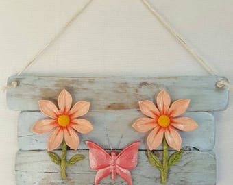 Daisy and Butterfly wall hanging