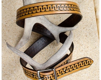 "Serpentine meander tooled belt - 34"" (fits 32""-36"")"