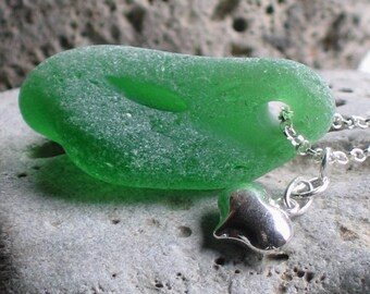 Large Lime Emerald Green Sea Glass Sterling Silver Puffed Heart Pendant Necklace (780)