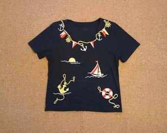 Soft Vintage Feel Navy Blue Nautical T Shirt [Women's Retro Fashion T-shirt Size Large Poly/Cotton Blend] inch waist