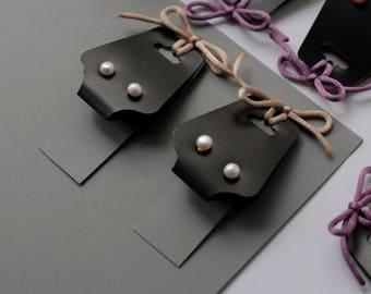 Freshwater pearl earrings / Stud earrings /  White pearl earrings / White stud earrings