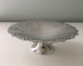 Vintage Benedict Silver Plate Arras Pattern Pedestal Dish with Pierced Edge