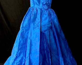 Vintage 1950s 50s  Old Hollywood Blue Ball Gown Glamour Look