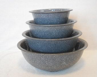 Pyrex Granite Finish, Speckled Nested Bowls, Complete Set