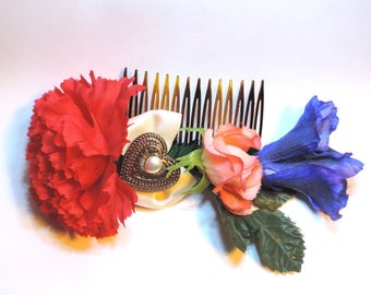 Hearts and Flowers upcycled decorative hair comb