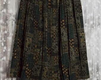 S_016) Vintage Green print pleated skirt