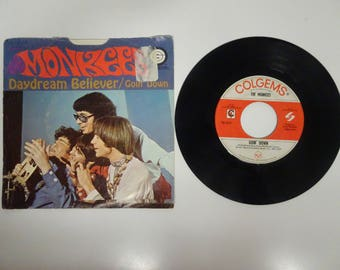 The Monkees / 45 rpm / Daydream Believer / Goin' Down / 66-1012 - Free Shipping