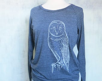 Womens Graphic Sweatshirt - Navy Sweatshirt for Women - Long Sleeve Womens Sweatshirt - Printed Womens Sweat Shirt - Barn Owl