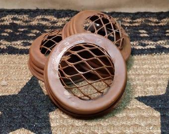 3 Rusty Frog Lids - Craft Supply, Fit Regular Standard Mouth Mason Jars, Potpourri Lid, Flower Arranging Lid, New