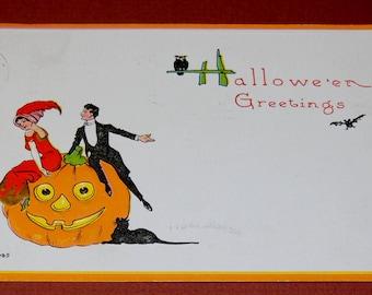 1916 HALLOWE'EN Greetings Post Card