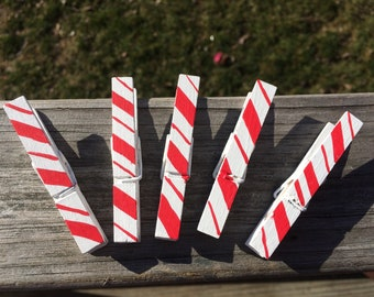 Hand Painted Candy Cane Print Standard Wooden Clothespins