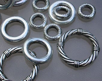 set of 30 resin beads silver rings 1 to 3 cm