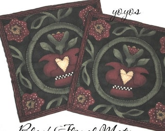 Mini MATS BLACK FLORAL Set of Two Country Cottage American Colonial Home Décor