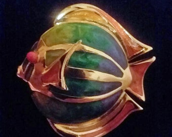 """Liz Claiborne Fish Brooch Enamel and Gold Tone 1980s Whimsical Fish Pin Tropical Fish Pin 1.625"""" Across Hallmarked LC Costume Jewelry Brooch"""