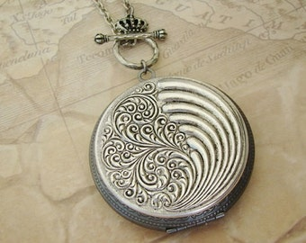 Large Dark Silver Locket Necklace Birthday Gift Wedding Jewelry Bride Bridesmaid Wife Mother Anniversary Daughter Photo Pictures- Halle