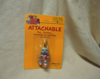 Vintage 1985 Attachable Sealed in Package, collectable, toy