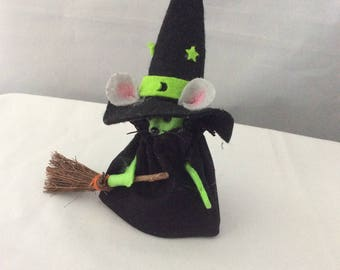 Witch Mouse with Broom