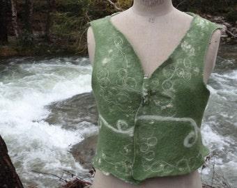 Felted Vest Reversible Gilet feutré Fiber Art Textile Nuno Felt Silk Merino Wool Soie Felt Clothing Romantic Unique Bohemian