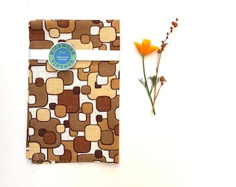 FQ - MOD Vintage 60s Barkcloth Fabric - Atomic Abstract Squares