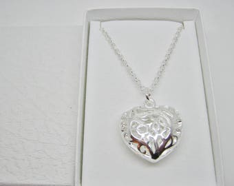 """Filigree Hollow Heart Pendant Necklace 25mm (1"""" inch) Silver Plated Bridesmaids, Gifts Wedding Jewellery Stocking Stuffers Gift Under 15"""