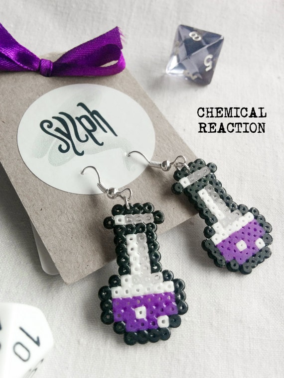 Pixelated purple Chemical Reaction earrings in 8bit retro style, perfect gift for a biologist, chemist or labrat or a gamer girl