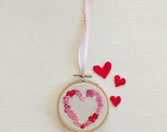 Floral Heart Hoop Art | Hand Embroidered | Floral Embroidery | Flower | Heart | Valentines | Wall Art | Wall Hanging | Gift