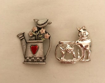 60's Set of Two Brooches             LV0160