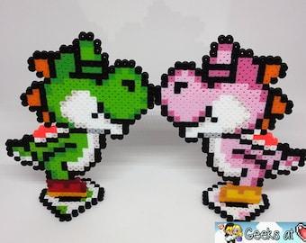 Yoshis Kissing Gamer Wedding Centerpiece Decorations (Large)