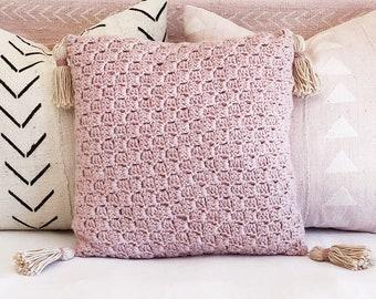 Pink alpaca crochet cushion, wool crochet pillow, pink cushion with tassels, dusty pink cushion, small crochet pillow, tassel pillow, boho