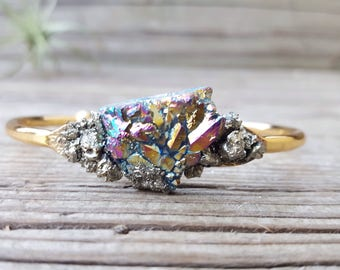 Statement Bracelet Elegant Boho Jewelry Druzy Bracelet Crystal Cuff Bracelet Rainbow Aura Quartz Bracelet Women's Christmas Gift for Her
