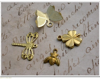 set of 16 clover Butterfly Dragonfly bee charms