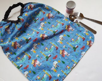 Serviette  élastique grand format, serviette élastique fille ou mixte, bavoir élastique tissu petites souris, serviette table fille bleue