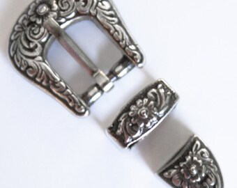 """Doll Belt Buckle Set perfect for 18"""" Dolls such as American Girl, Diablo #7601-00"""