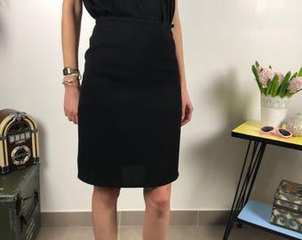 Skirt B Agnes / black vintage skirt / vintage women clothing / high waist short skirt / crepe material
