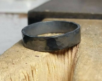 Men's silver ring, silver or black, hammered surface, wide. Wedding, engagement. Unisex. Man, woman.