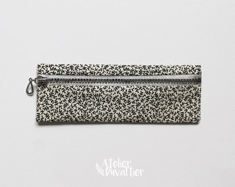 Small pencil case, Leaves print