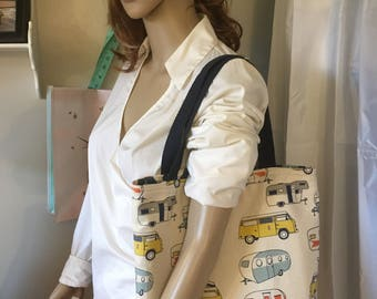 Love Retro Campers??  This tote is for the Retro Camper Lovers