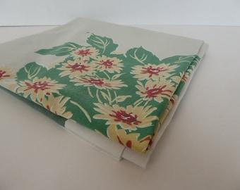 "Vintage 50's Cotton Startex Tablecloth 48"" x 56"""