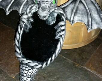 Hanging Dragon Mirror