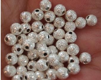 Poussière d'étoile de perles - 4mm rondes 50 pièces (MW4St)