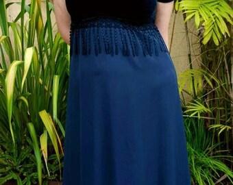 Vintage Velvet Dark Green Maxi Dress