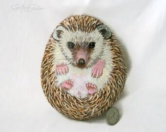 Painted rock,painted stone,hedgehog painting,hedgehog rock,painted heggie stone,animal stone,pet rock,garden decor,rock animal,hedgehog art