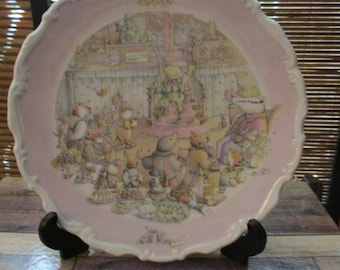 Royal Doulton The Wind in the Willows Plate - The Return of Ulysses  Collectors Plate (1987)