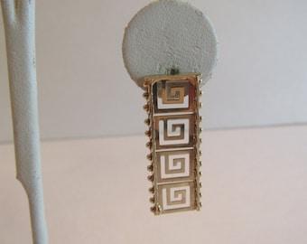 Gorgeous Brand New Vintage 14K Solid Gold Heavy Greek Key Earrings