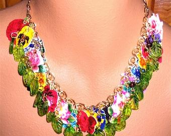 JARDIN statement necklace