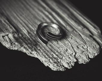 Minimal Organic Silver Ring SERIFOS 02