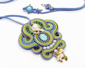 Ciondolo Soutache  Summertime - pendente in soutache ricamato in colori estivi- Gioiello Made in Italy